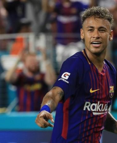 Neymar com a camisa do Barcelona