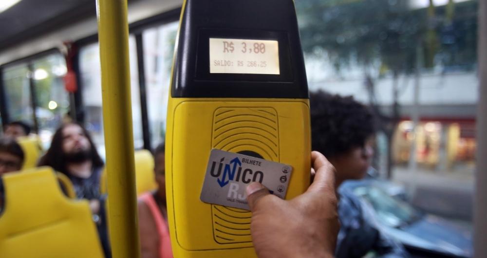 Concessionárias deverão aceitar pagamentos de tarifas com cartão de débito