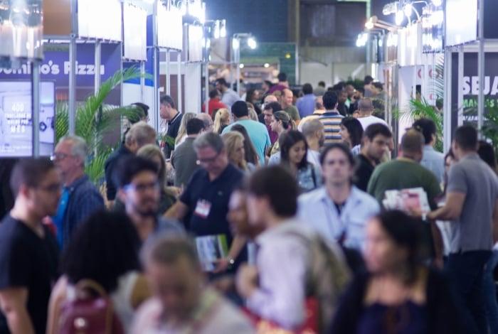 Expo Franchising ABF Rio, que ocorrerá no Riocentro, na Barra, deve receber público de 20 mil pessoas. Neste ano, novidade será a presença de franquias portuguesas. Evento deve movimentar cerca de R$ 100 milhões