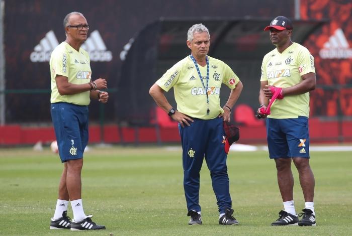 Reinaldo Rueda é uma incógnita para a diretoria do Flamengo: parte do time se reapresenta amanhã