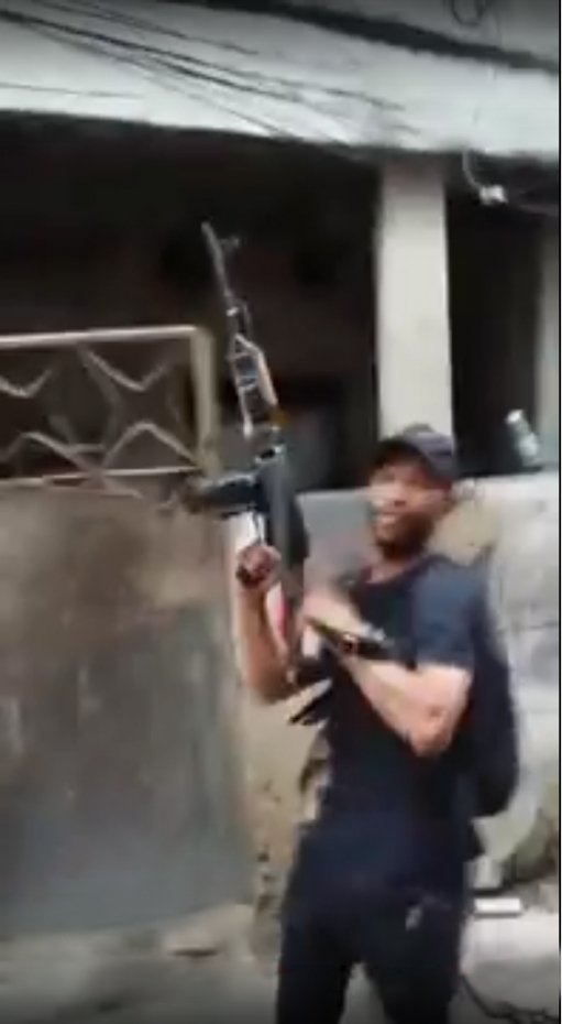 Ação de traficantes em favela de Cordovil.