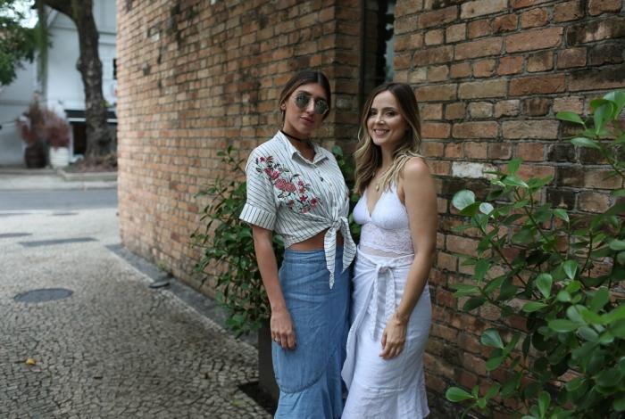 A blogueira Lu D'Angelo e Carolina Etz