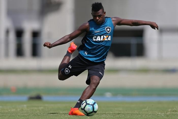 Em fase artilheira, Marcos Vinícius já marcou cinco gols no Brasileiro e um dos trunfos contra o Atlético-PR