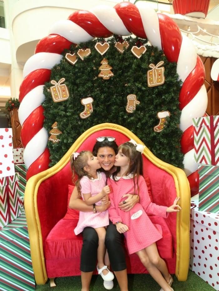 Daniella Sarayba com as filhas Gabriela e Rafaella