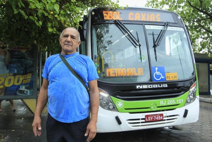 O pedreiro Veridiano Regis e Silva, morador de Caxias, reclama dos preços e da conservação.