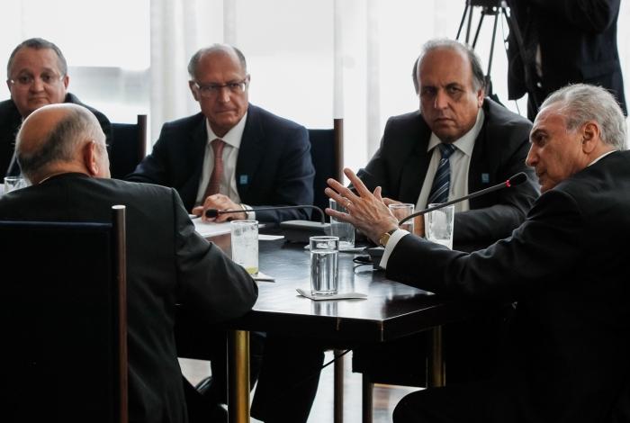 Em reunião com governadores, presidente Temer confirmou a Pezão que vai liberar recursos do FEX