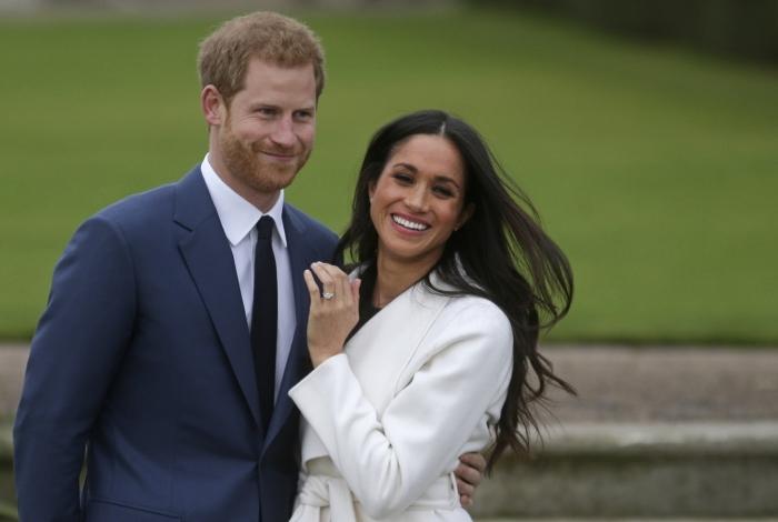 Meghan Markle quer que a mãe a leve ao altar no dia do casamento com o príncipe Harry