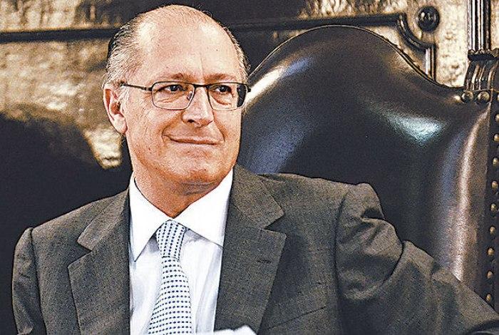 Presidente do PSDB, governador Geraldo Alckmin, anuncia que quem votar contra a reforma não será punido