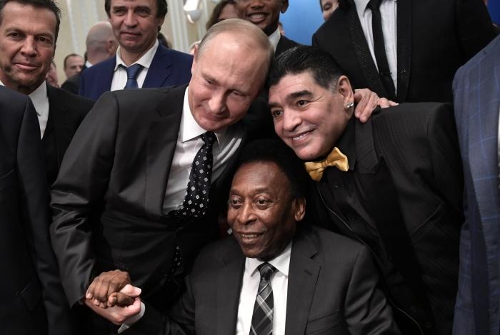 Maradona e Pelé se encontraram durante a Copa do Mundo, na Rússia