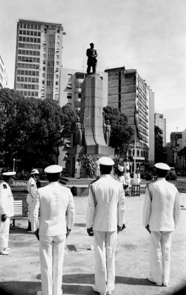 Monumento a Tamandaré.Negativo nº: 7402-77.Data: 13/12/1977