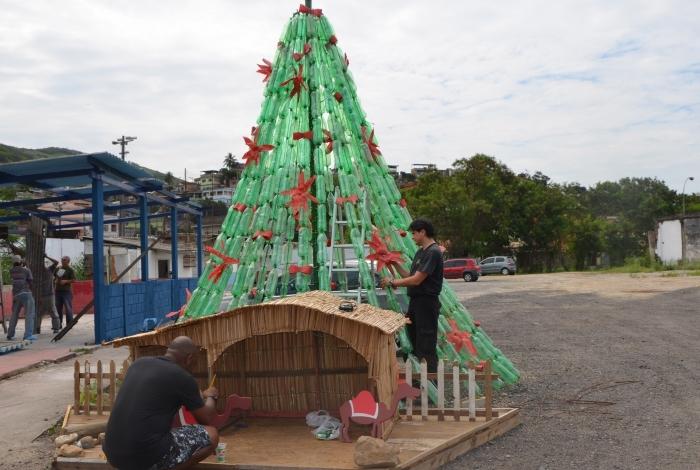 Árvore da Guarda de Mesquita pode ser visitada até o dia 9 de janeiro