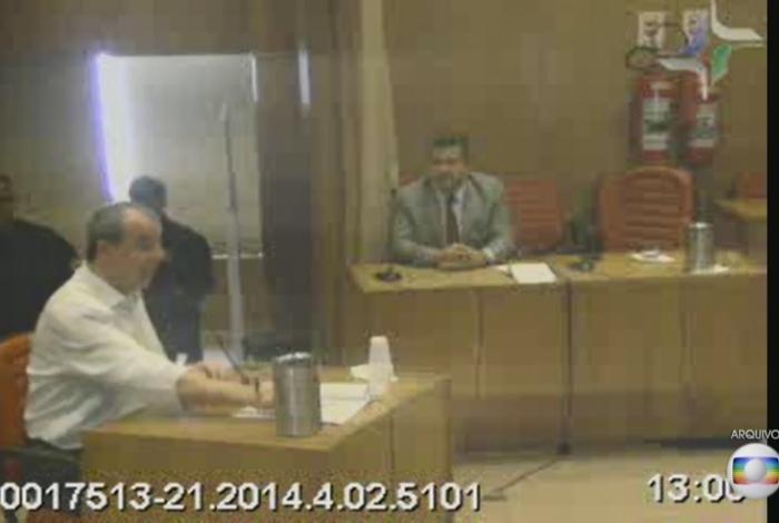 Cabral, também em audiência ontem, negou as acusações e disse que Miranda tinha ressentimento