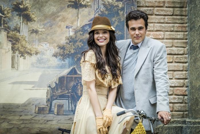 Bastidor     Os atores Vitória Strada e Bruno Ferrari, intérpretes de Maria Vitória e Vicente, na novela