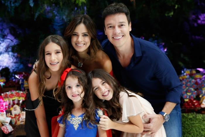 Rodrigo Faro, Vera Viel e as filhas.