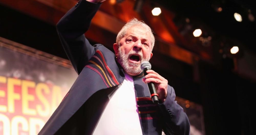 Lula chega ao Sindicato dos Metalúrgicos do ABC para acompanhar julgamento
