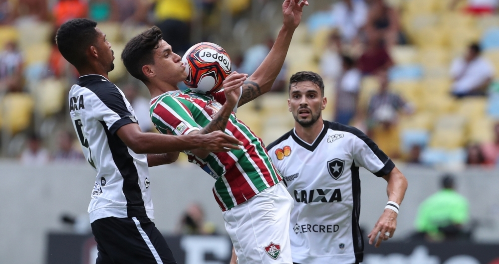 Comentarista vê Fluminense favorito contra o Botafogo   Tem muita ... bf2c7457188ce
