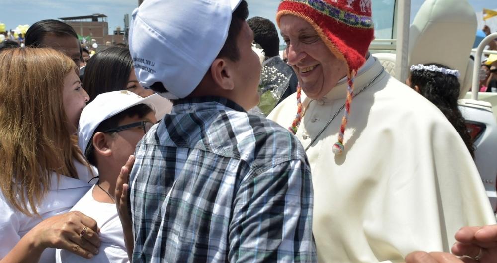 O Papa encerrou ontem o giro de uma semana pela Am�rica Latina. No s�bado, usou um uchu perto da cidade peruana de Trujillo