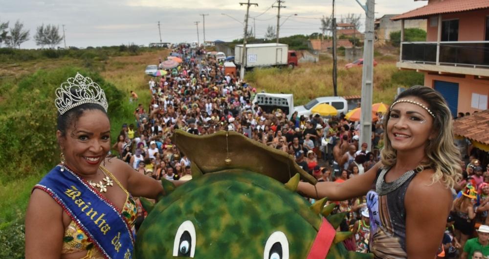 Em Maric�, o Baiacu de Itaipua�u desfila nos dias 11 e 13 de fevereiro