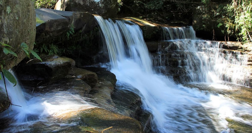 Cachoeira Sete Quedas em Maca�