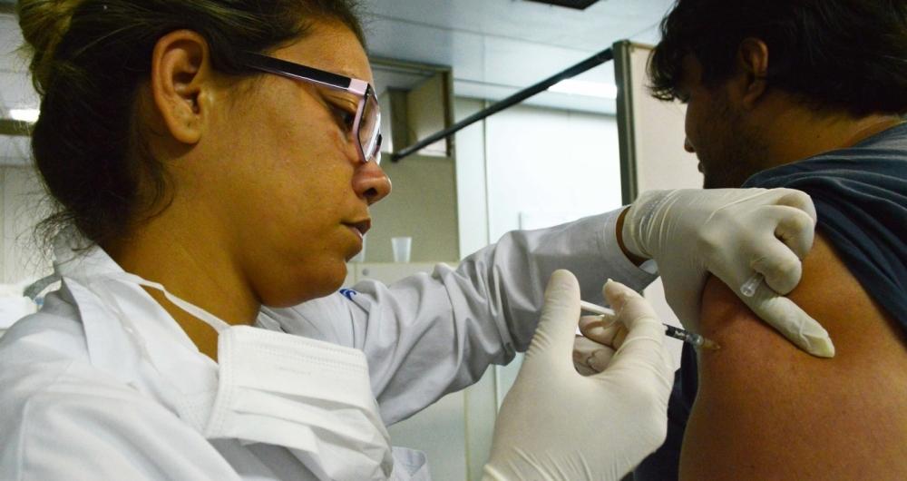 Brasil deve dobrar oferta de vacina contra febre amarela