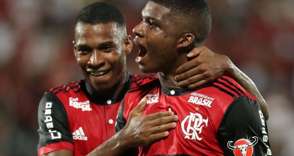 O jogador Lincoln comemora seu gol durante a partida entre Flamengo x Bangu na Ilha do Urubu, v�lida pela 3� Rodada da Ta�a Guanabara (1� Turno do Campeonato Carioca). Foto - Gilvan de Souza / Flamengo
