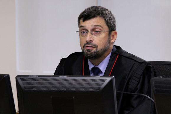 O procurador Regional da República, Maurício Gotardo Gerum, durante o julgamento do recurso da defesa do ex-presidente Luiz Inácio Lula da Silva no TRF4