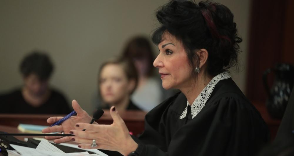 Larry Nassar é acusado de inúmeros abusos sexuais