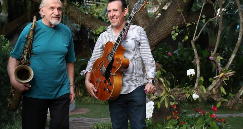 Hector Costita e Joseval Paes fazem show com clássicos da Bossa Nova