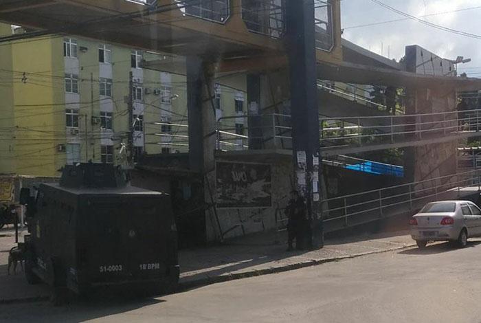Caveirão na Cidade de Deus: moradores voltam a enfrentar novo dia com tiroteio