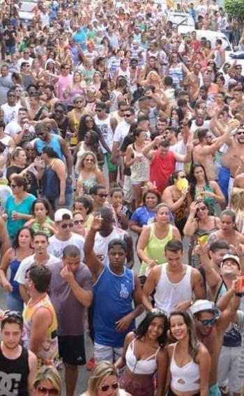 Em Nova Iguaçu 13 blocos filiados vão às ruas, além dos independentes como o 'Um dia você vai me querer'