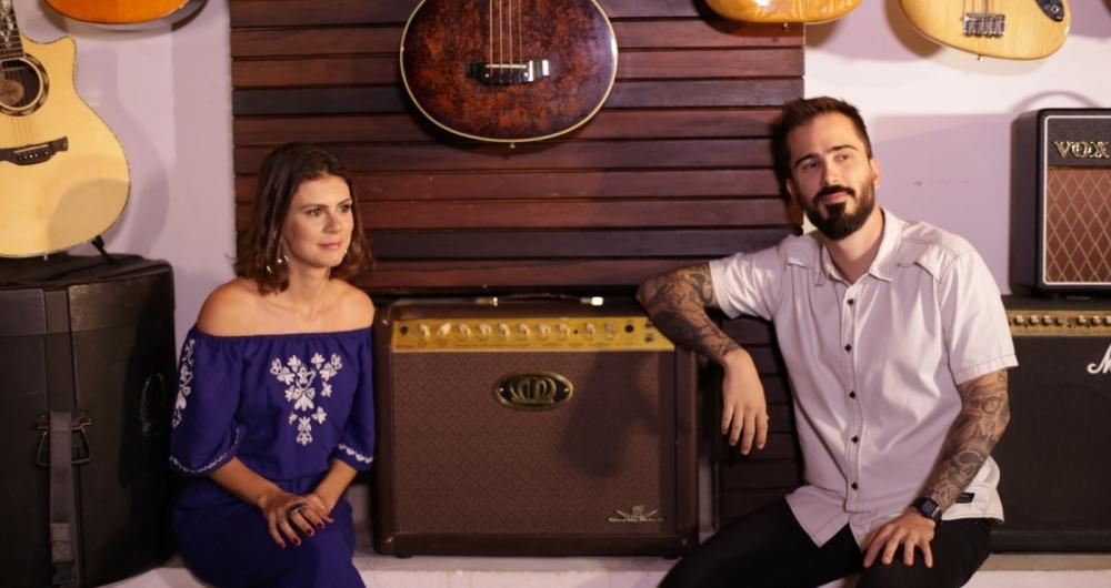 Dedé (E) e Guilherme apresentam o 'Álbum Musical', no Canal Bis
