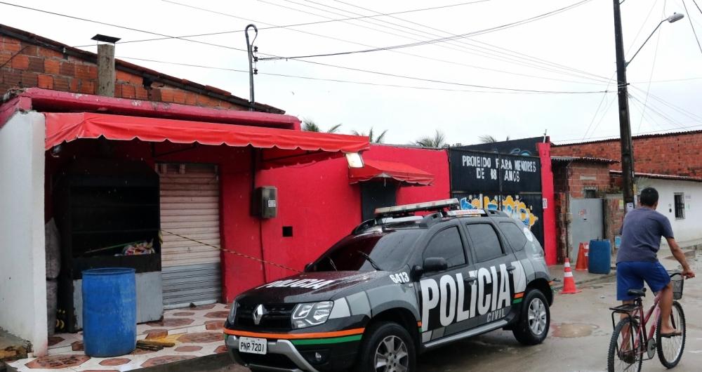Clube onde foram assassinadas as 14 pessoas na chacina de sábado