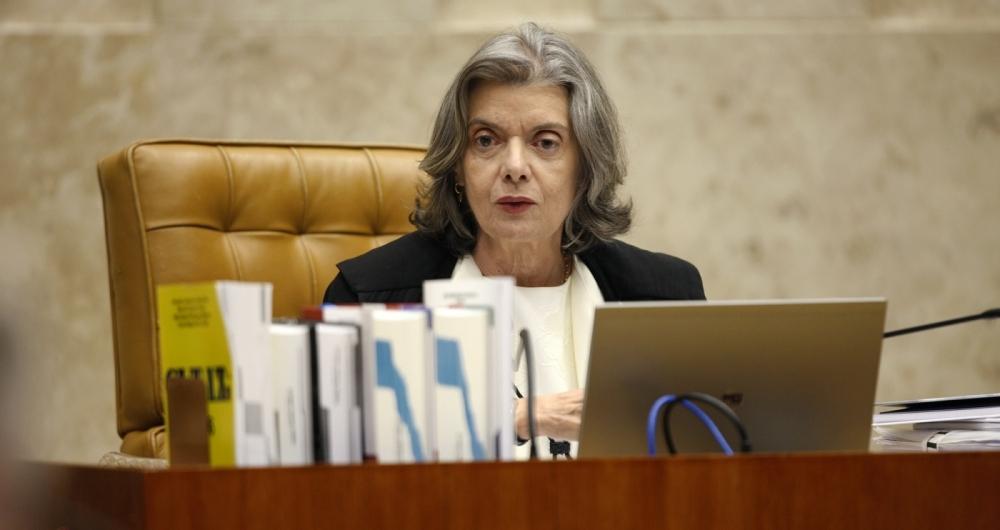 Ministra C�rmen L�cia preside sess�o plen�ria no Supremo