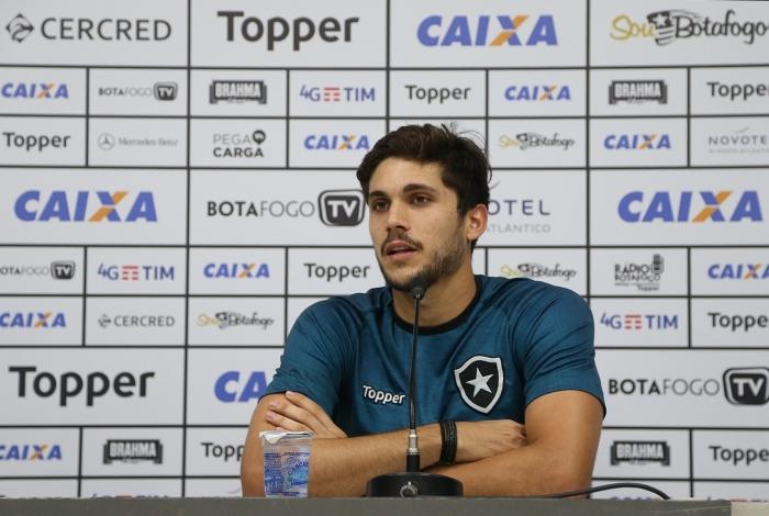 Igor Rabello está concentrado no Botafogo