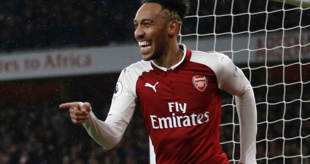 Aubameyang comemora o seu gol pelo Arsenal