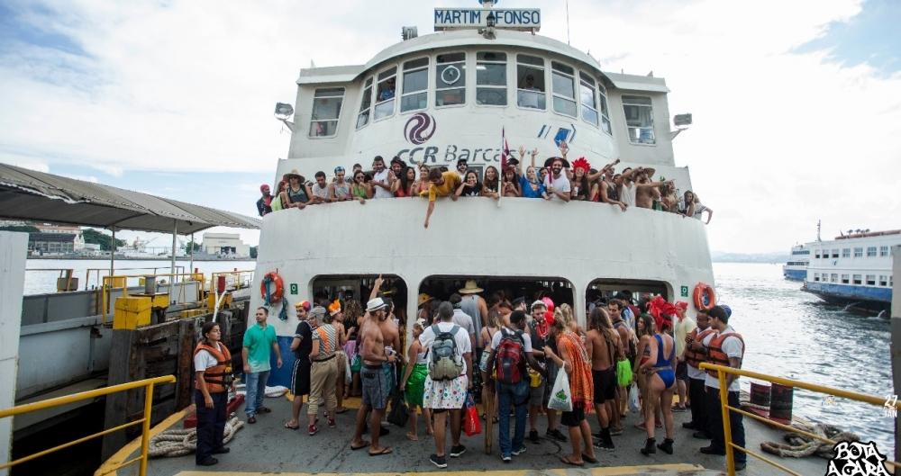 Pérola da Guanabara leva foliões a Paquetá