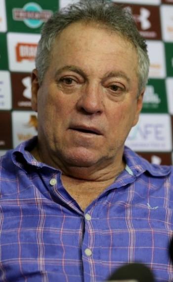 Abel Braga fez elogios ao Fluminense