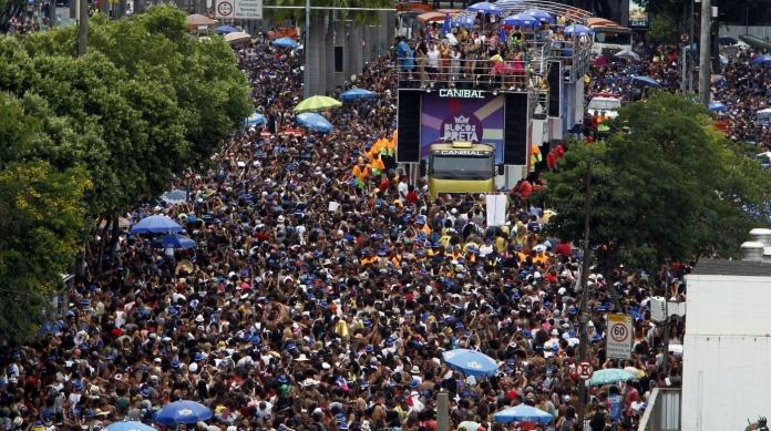 Ruas do Centro v�o atrair milhares de foli�es nesse Carnaval