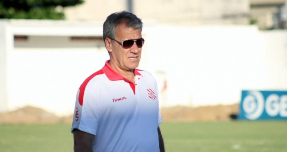Alfredo Sampaio: confian�a