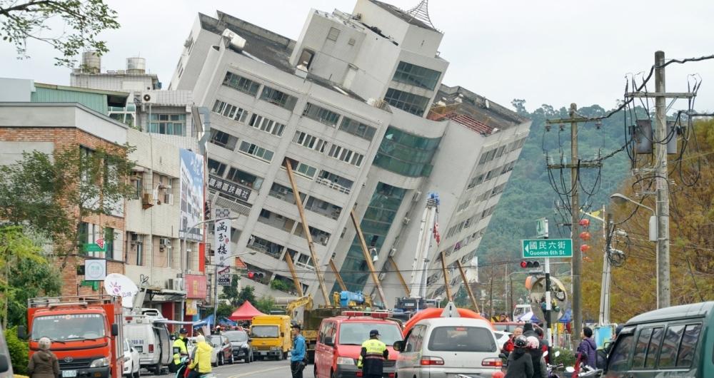 Quatro mortos e 145 desaparecidos no terremoto em Taiwan