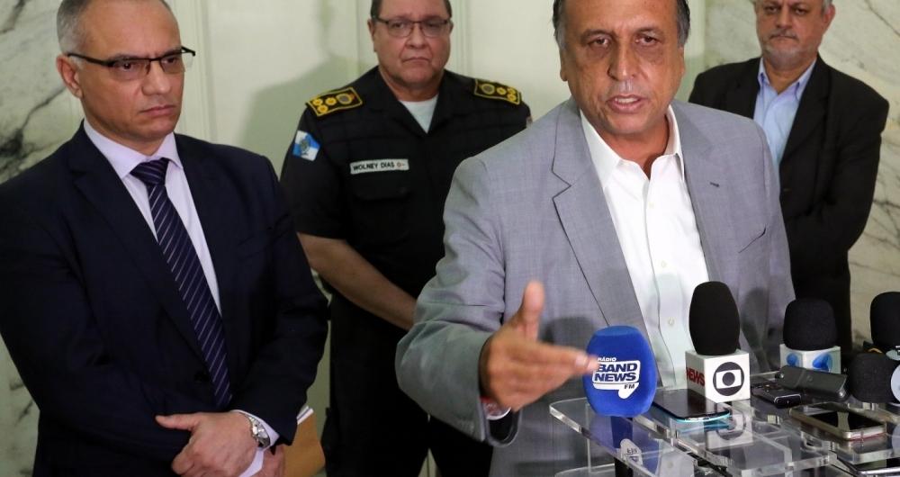 Governador tamb�m garantiu pagamento de atrasados da Seguran�a