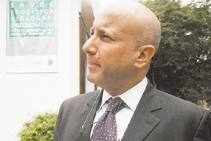 Sérgio Côrtes, na época em que era secretário de Saúde