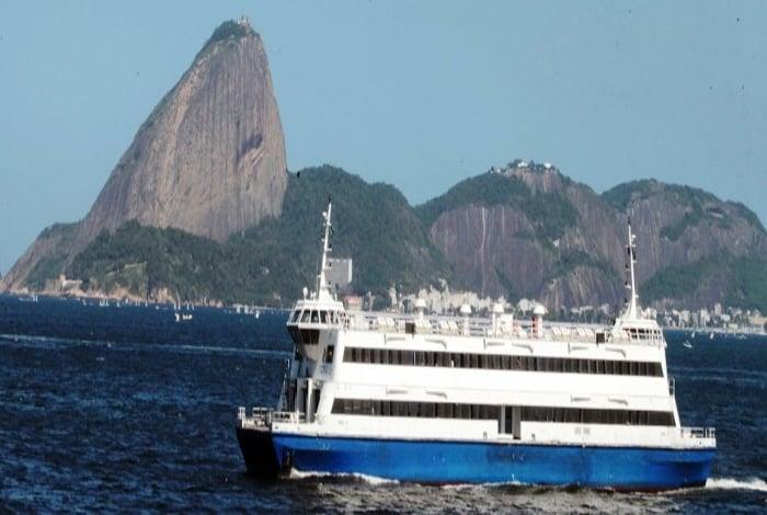 06082014 - Vistoria técnica no estaleiro de barcas, em Niterói. Estações Pça XV e Arariboia..