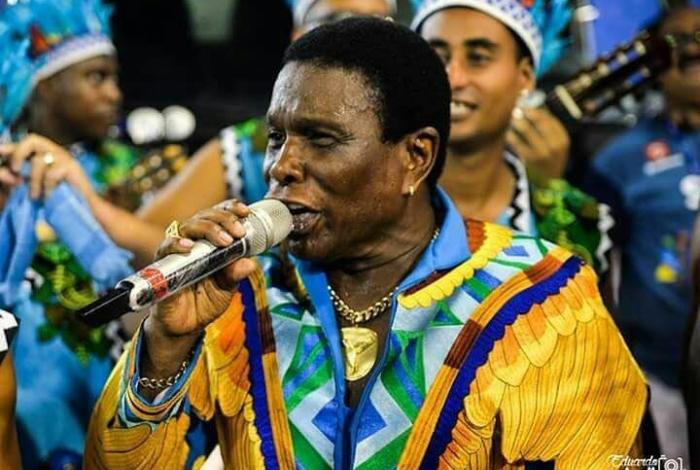 Neguinho da Beija-Flor, um dos mais antigos intérpretes da Avenida, fará dobradinha ano que vem