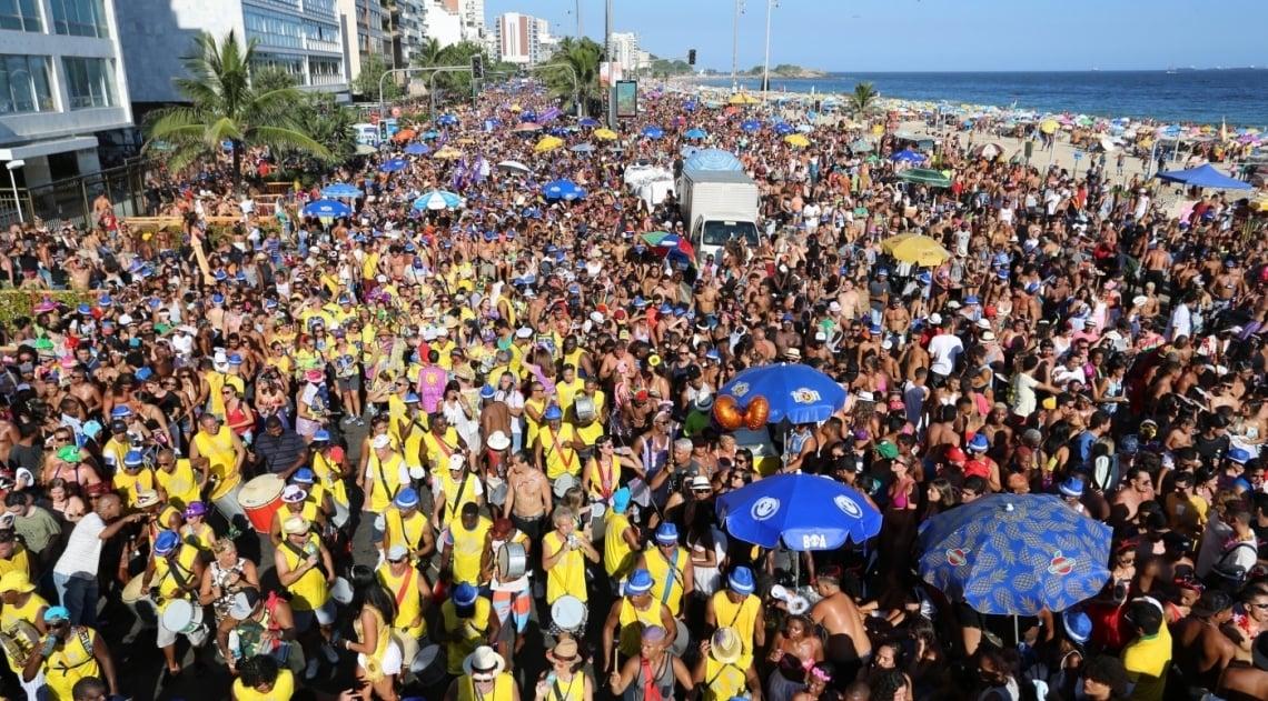 Simpatia � Quase Amor  arrasta foli�es em Ipanema