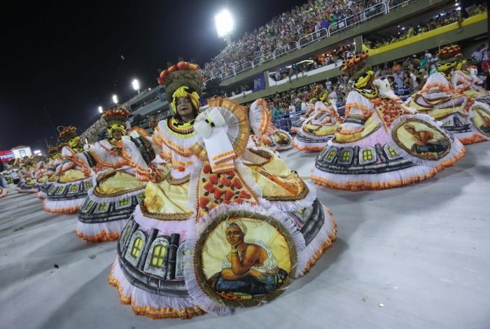Negociações são feitas para garantir um dos maiores espetáculos brasileiros, o desfile das grandes escolas