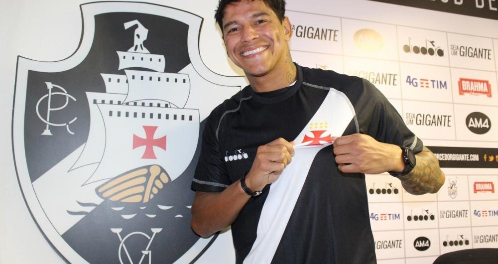 Giovanni Augusto chega ao Vasco