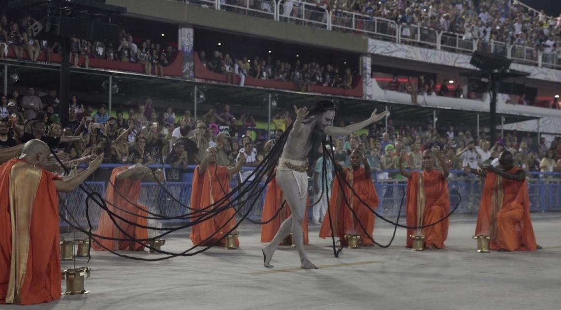 Com enredo sobre a Índia, Mocidade encerra bem o primeiro dia de desfiles