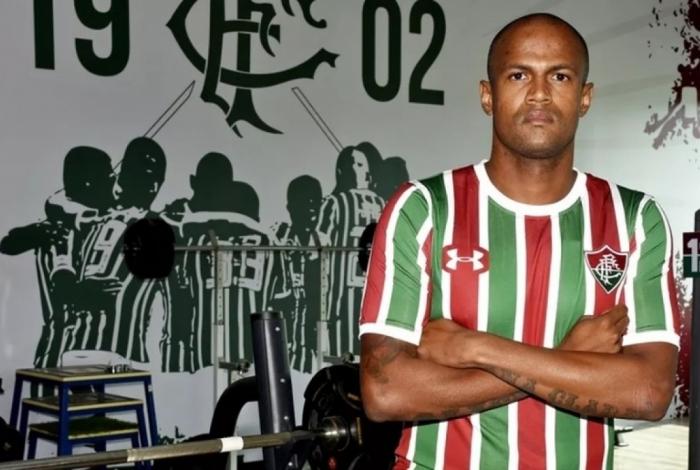 Airton já jogou por Flamengo e Botafogo