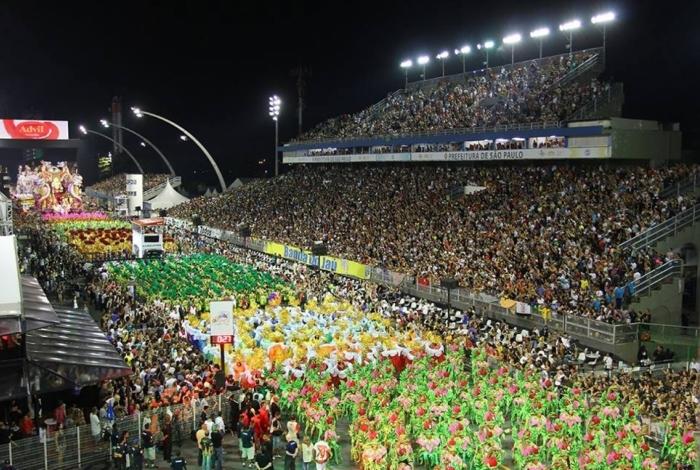 Grande campeã do carnaval paulista sai na tarde desta terça